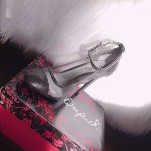 Qupid serenity-29 heels